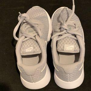 Nike Kids Tanjun Sneaker